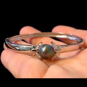 Jewelry - 5/$25 Black Pearl Rhinestone Bangle Bracelet